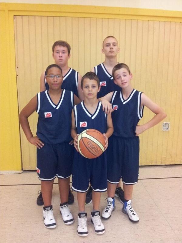 Die U16 Junior-TITANS vor dem erfolgreichen Pokalspiel beim TV Illingen